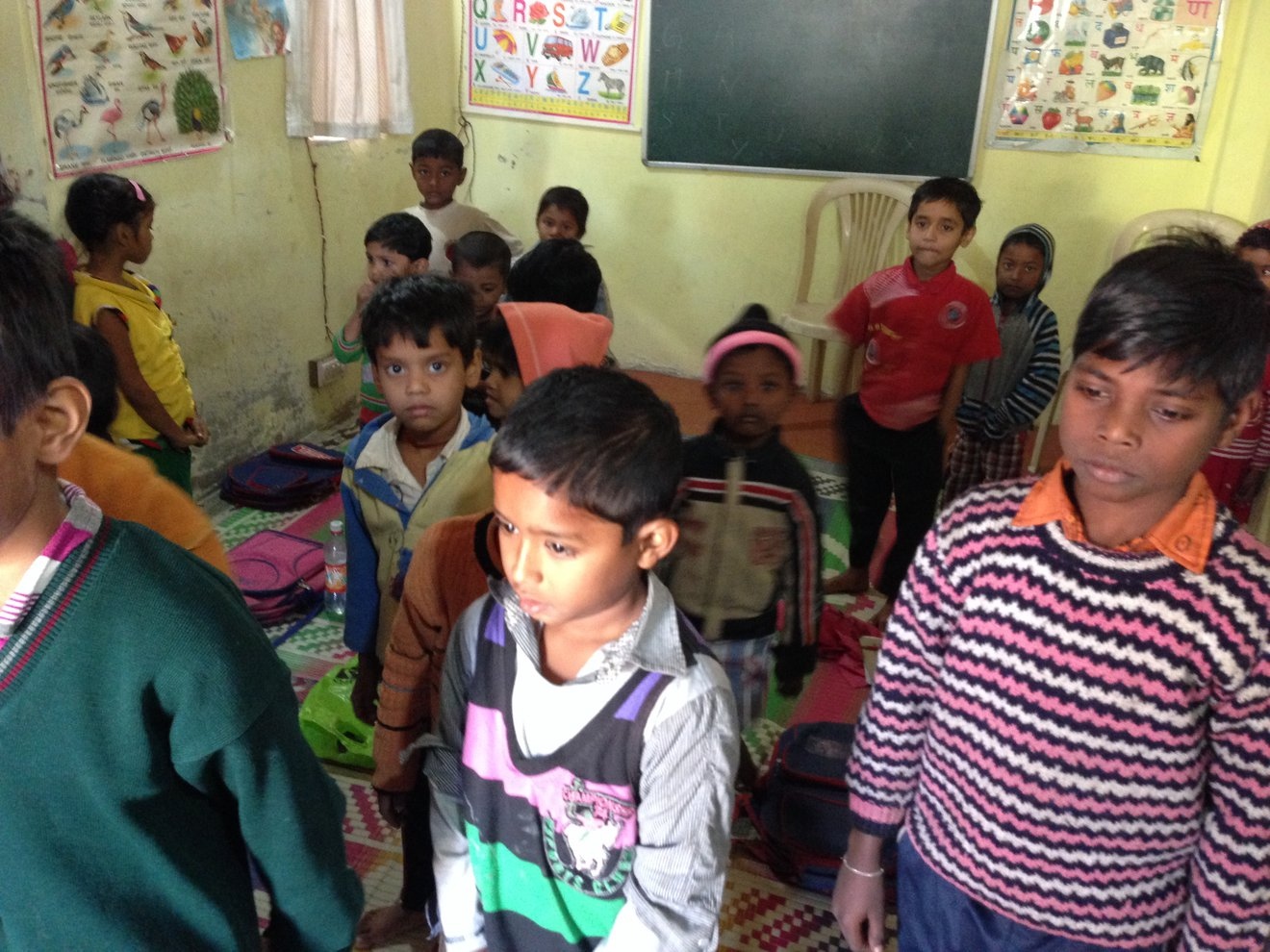 Click image for larger version.  Name:IMG_1347 - Delhi kids.jpg Views:25 Size:253.6 KB ID:56631