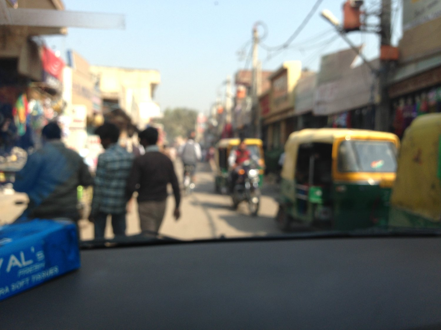 Click image for larger version.  Name:IMG_1355 - Delhi roads.jpg Views:22 Size:158.1 KB ID:56633